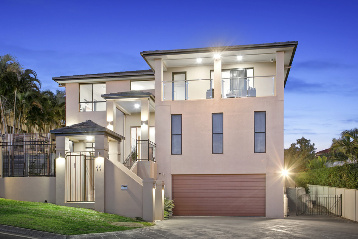 11 Grasmere Place, Carindale QLD 4152, Image 0