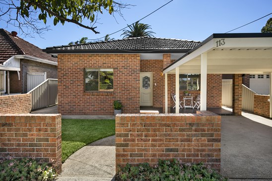 113 Mowbray Road, Willoughby