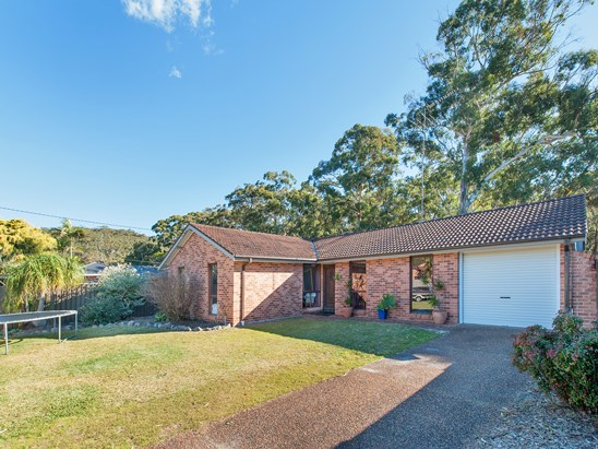 96 Government Road, Shoal Bay