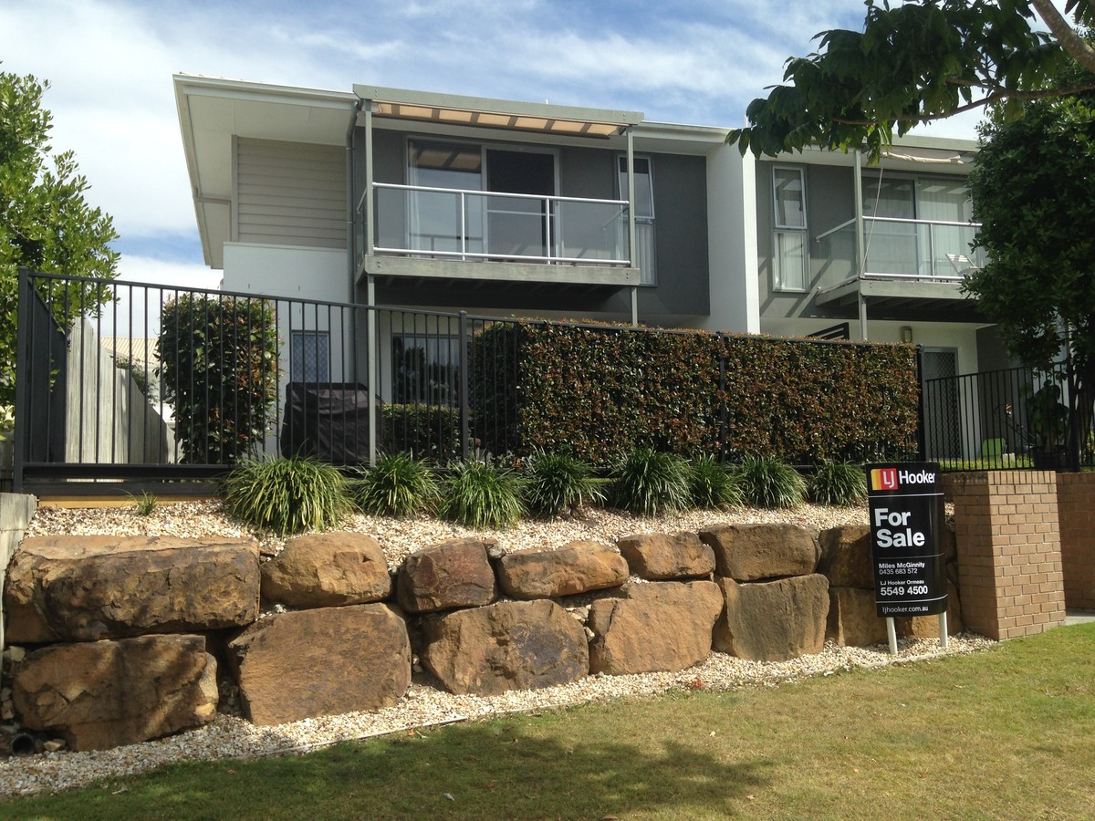 4/2 Christopher Street, Pimpama QLD 4209, Image 0