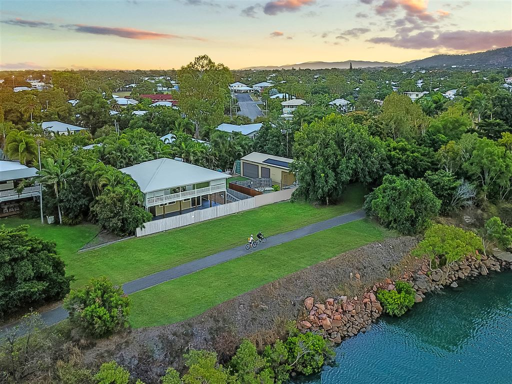 17A - 19A Whyte Street, Hermit Park QLD 4812, Image 0