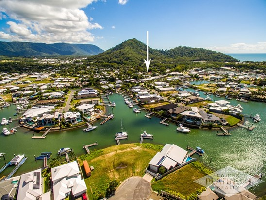 Under Offer with Cairns Platinum Realty (under offer)