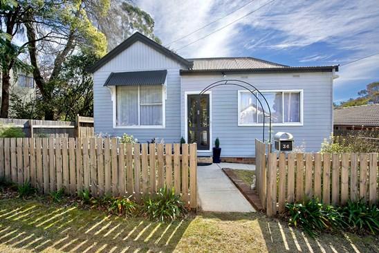 36 Cumberland Street, Katoomba