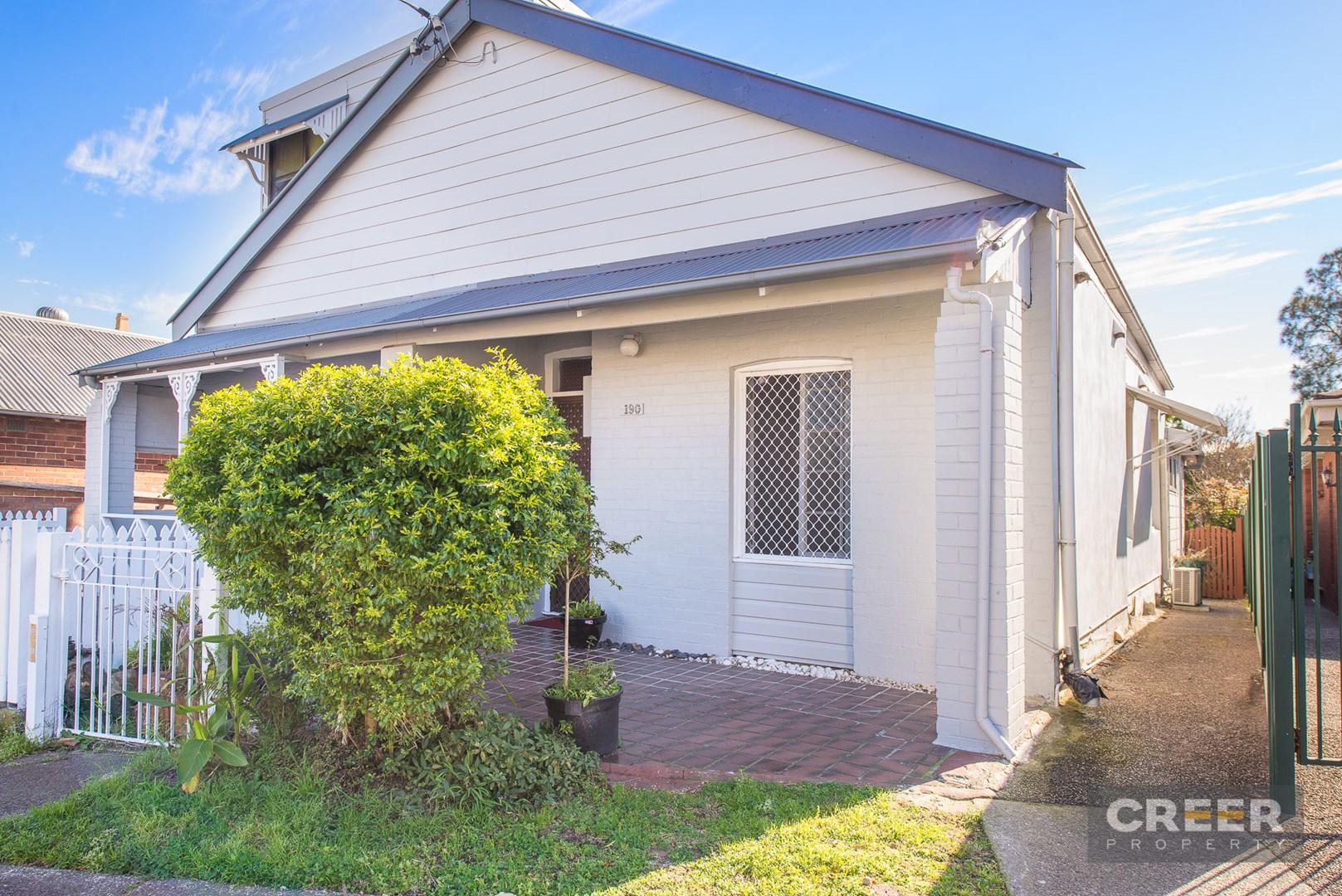 190 Denison Street, Hamilton NSW 2303, Image 0