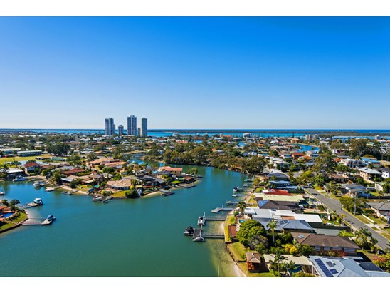 Offers Over $445,000