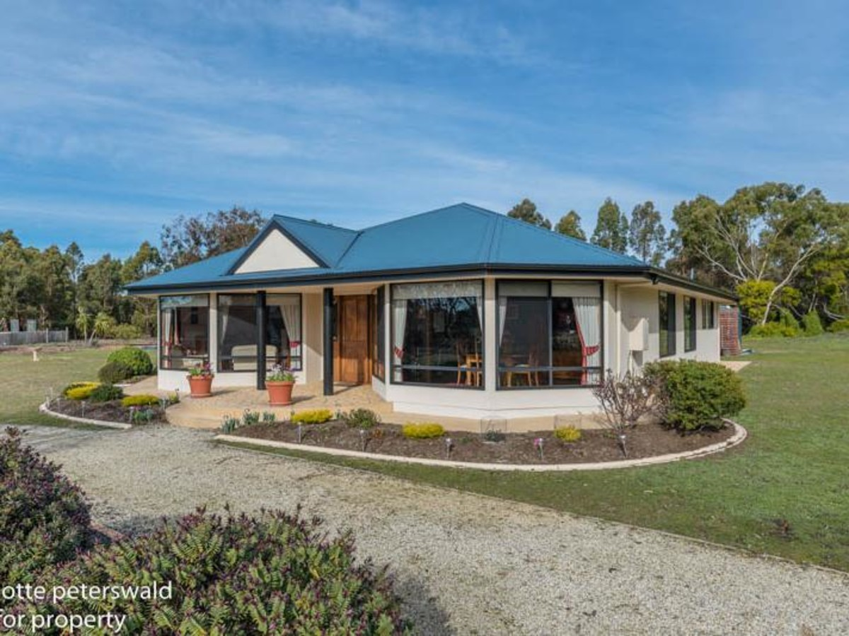buyers looking in the $580,000+ price range (under offer)