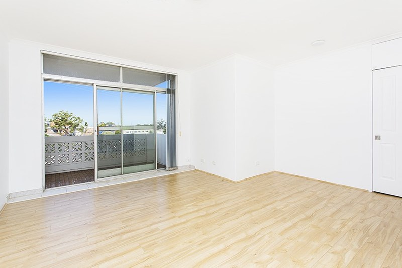 Picture of 10/2-2a Jersey Avenue, Mortdale