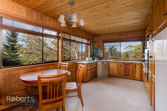 Offers over $319,000
