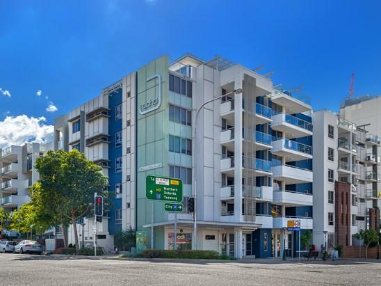 8 Cordelia Street, South Brisbane