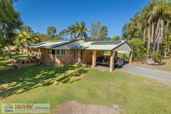 Offers over $569,000