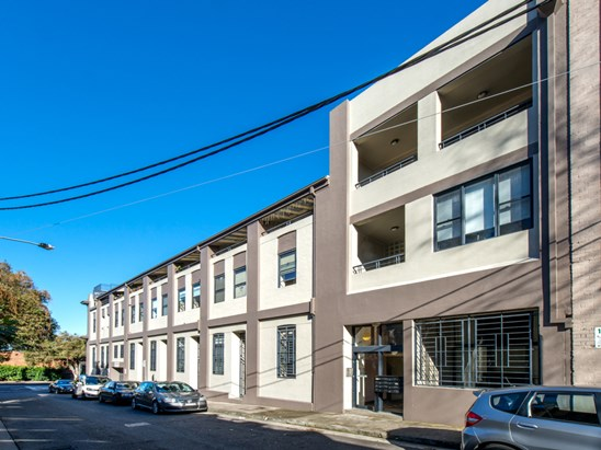 424-426 Cleveland Street, Surry Hills