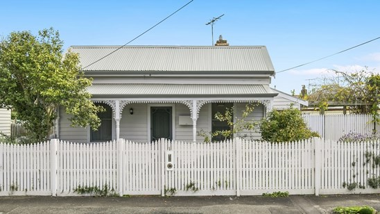 Under contract (under offer)