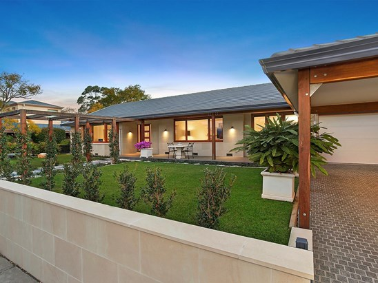 Auction, price  guide $3,500,000