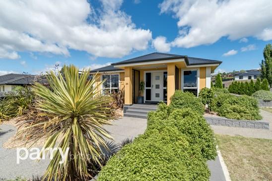 24 Lomond View Drive, Prospect Vale