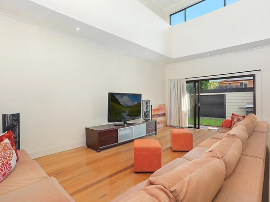 Auction, price  guide $770,000  - $830,000