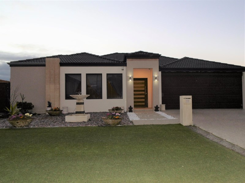 Picture of 22 Wannell St, Queens Park