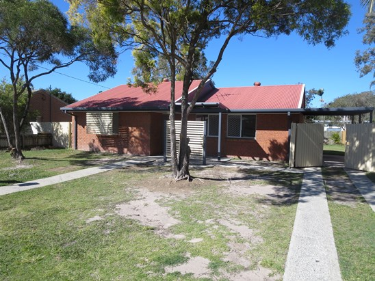 OFFERS OVER $290000 (under offer)