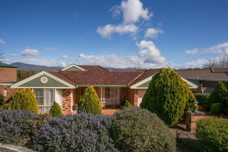 12 Russell Drysdale Crescent, Conder ACT 2906, Image 0