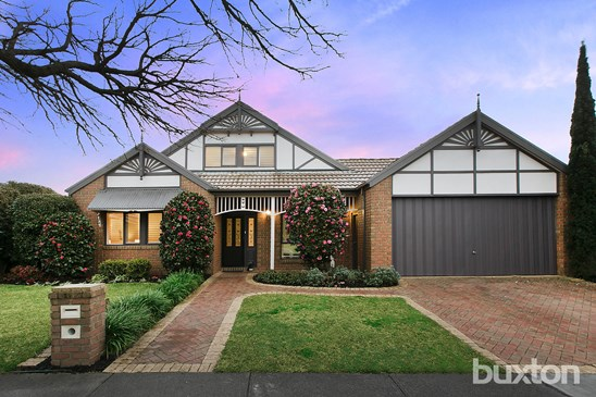 32 Fernhill Drive, Dingley Village