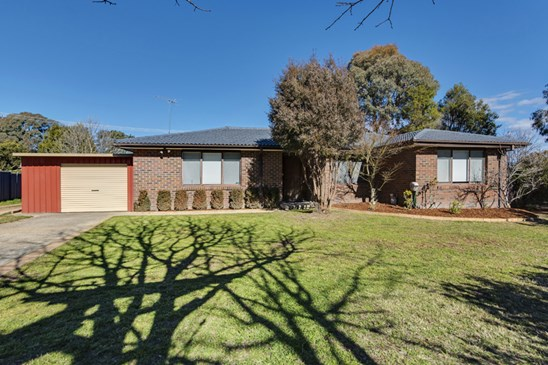 8 Rickard Place, Gowrie