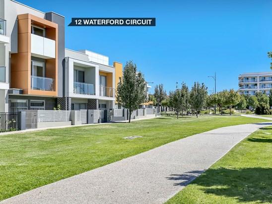 12 Waterford Circuit, Lightsview