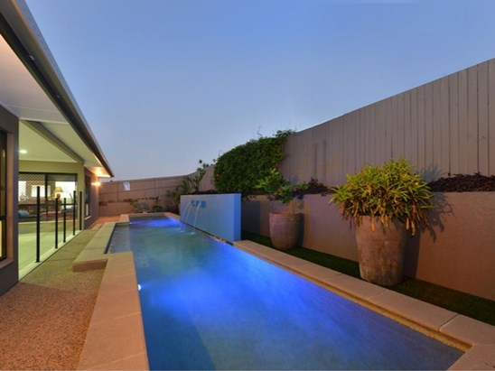 Offers over $695,000!
