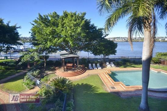 $499,000 - Riverfront