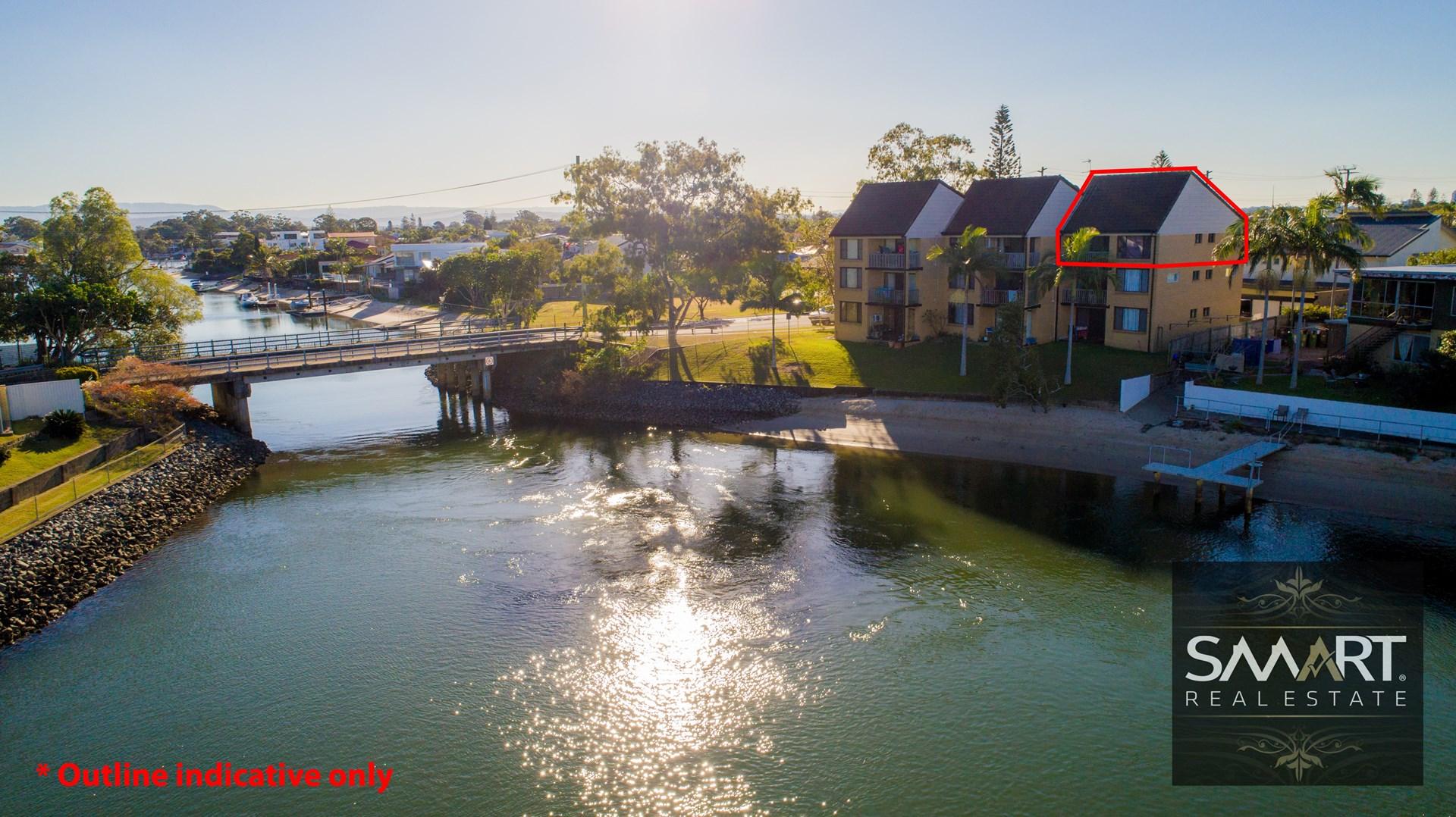 18-20 Sunshine Boulevard, Broadbeach Waters
