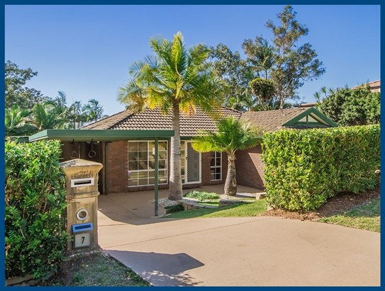 Offers Over $549,000