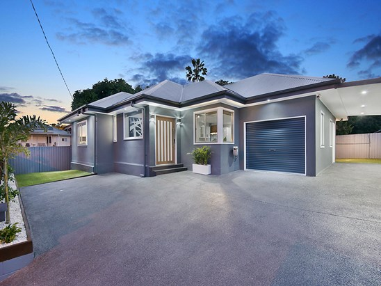 Offers Over $795,000