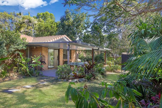UNDER CONTRACT - Centenary Real Estate (under offer)