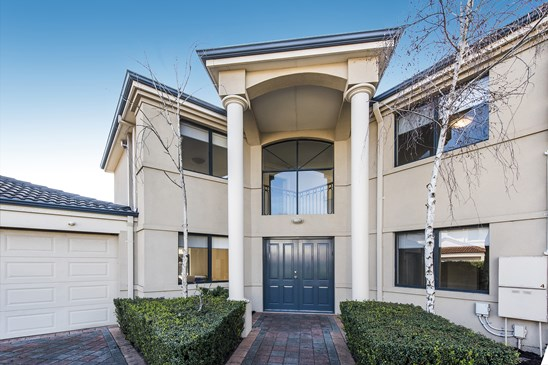 OFFERS $900,000's (under offer)