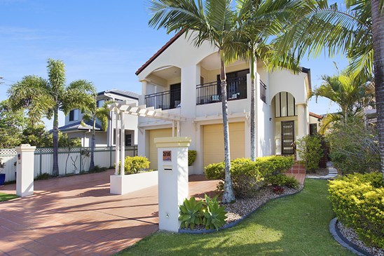 Offers Over $749,000 (under offer)