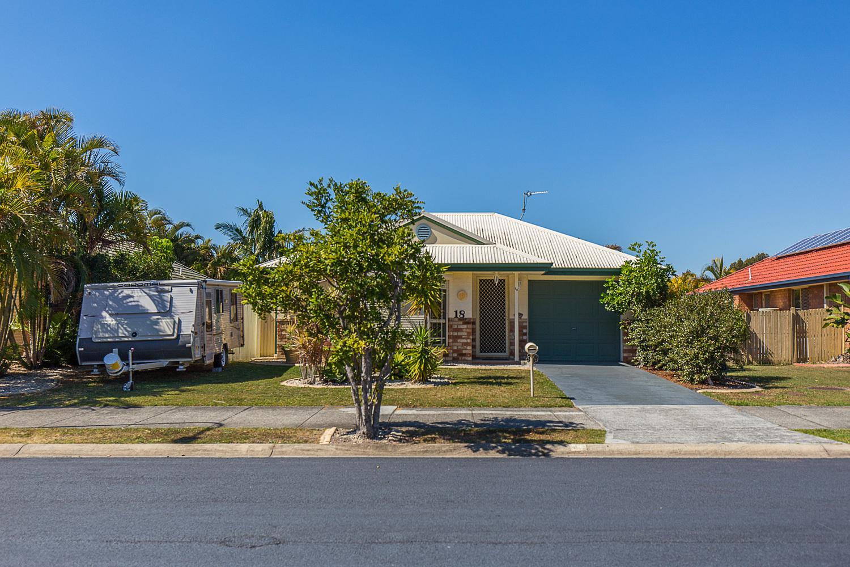 18 Stradbroke Drive, Tweed Heads South NSW 2486, Image 0