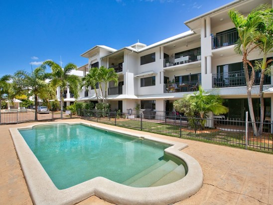 UNDER CONTRACT WITH ALEXIE ARISTIDES (under offer)