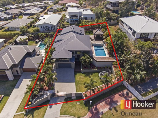 All buyers in the $800,000 range MUST inspect (under offer)