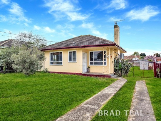 Private Sale (under offer)