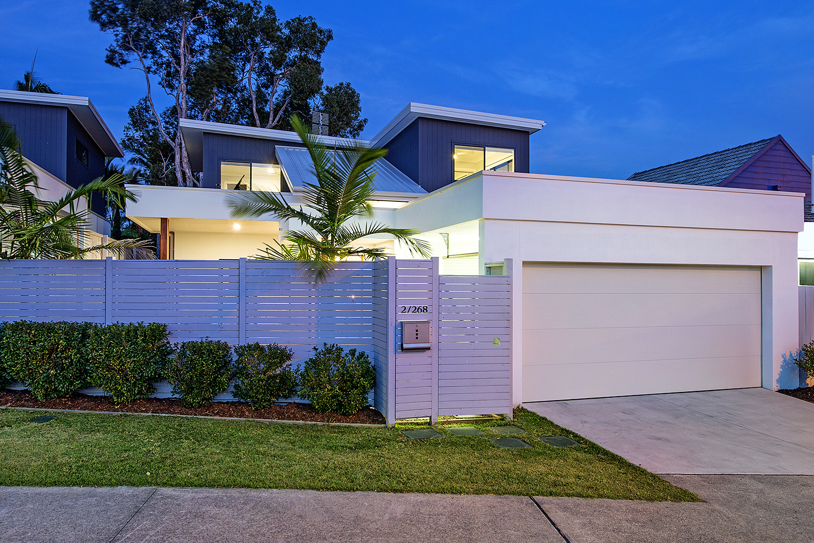 2/268 Benowa Road, Benowa QLD 4217, Image 0