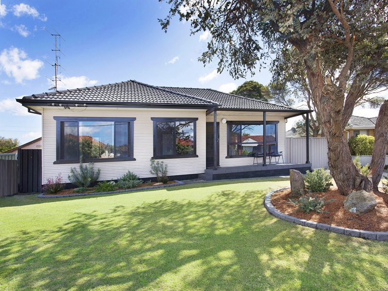 22 Kurrajong Street, Windang NSW 2528, Image 0