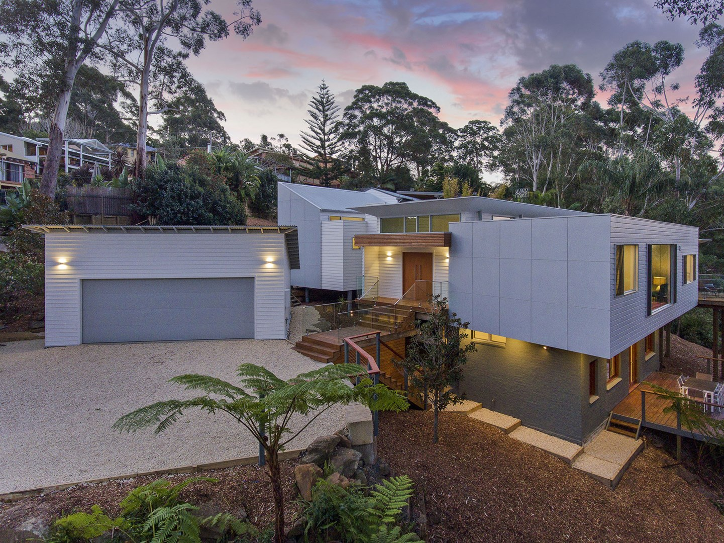 25 Moores Rd, Avoca Beach NSW 2251, Image 0
