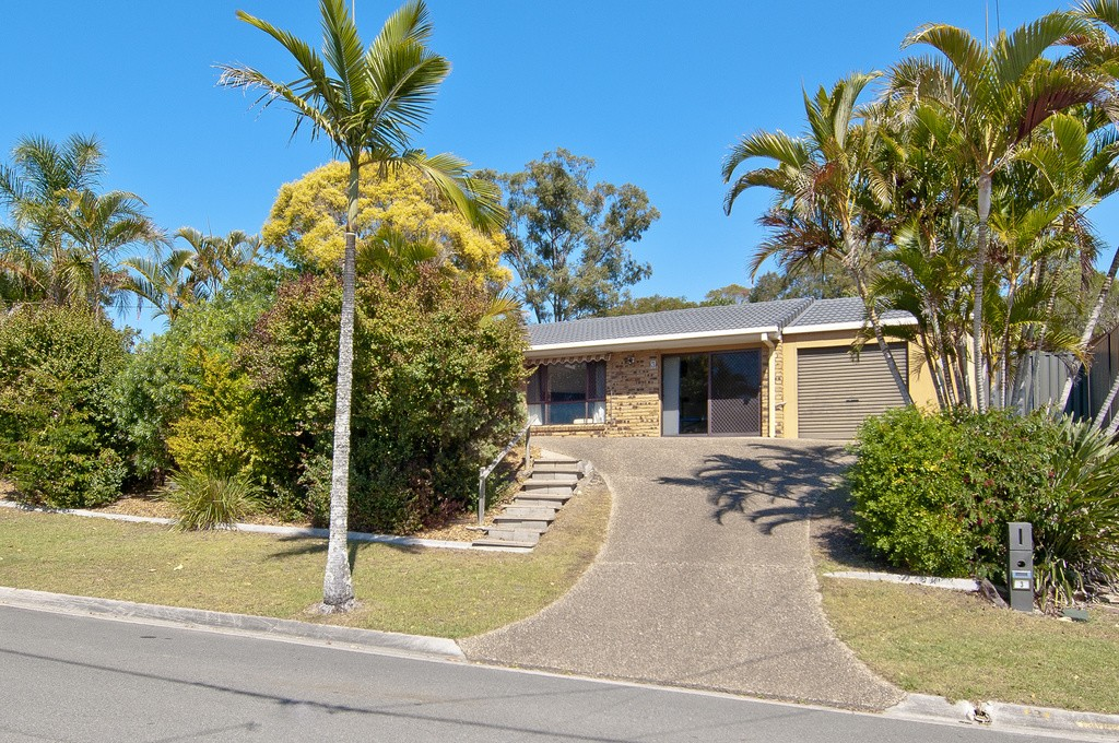 3 Duesbury Crescent, Edens Landing QLD 4207, Image 0