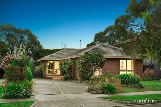 52 Crow Street, Burwood East