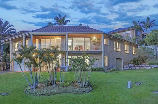 16 Piccadilly Place, Carindale
