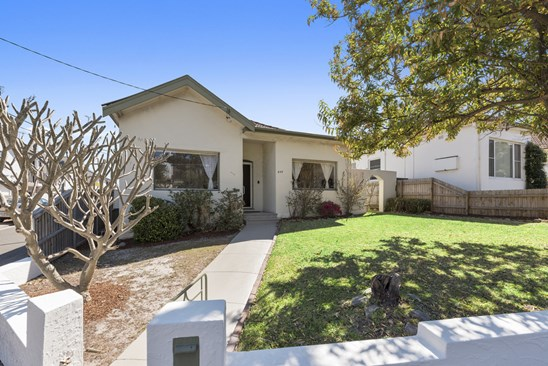 646 Old South Head Road, Rose Bay