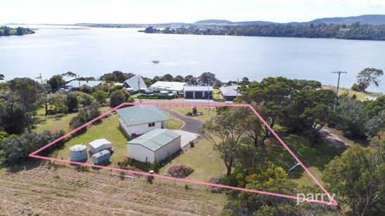 150 Sunset Boulevard, Clarence Point