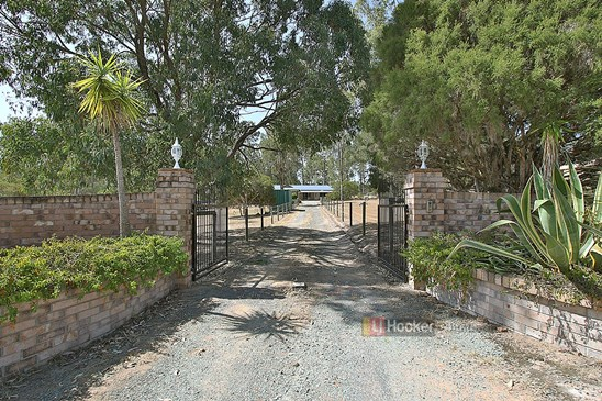 By Neg Over $649,000 (under offer)