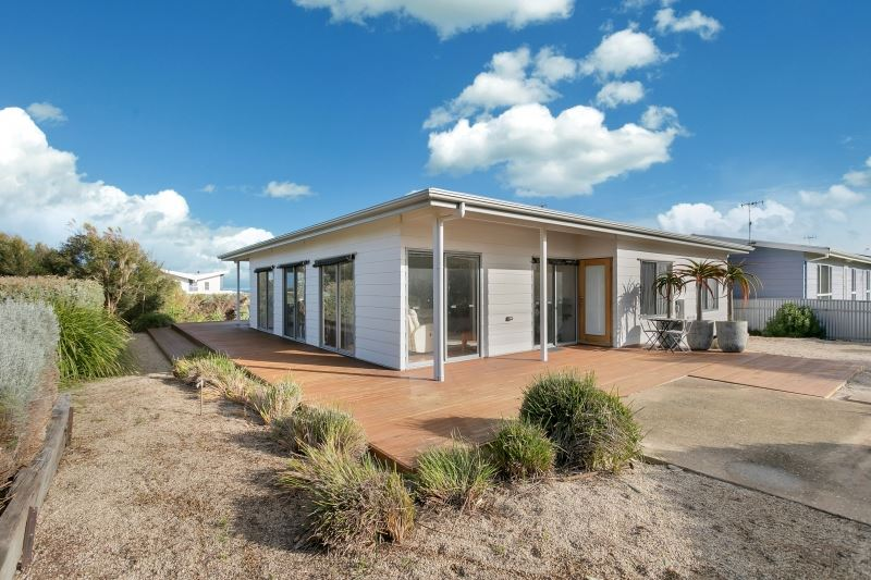 17 Encounter Crescent, Middleton SA 5213, Image 0
