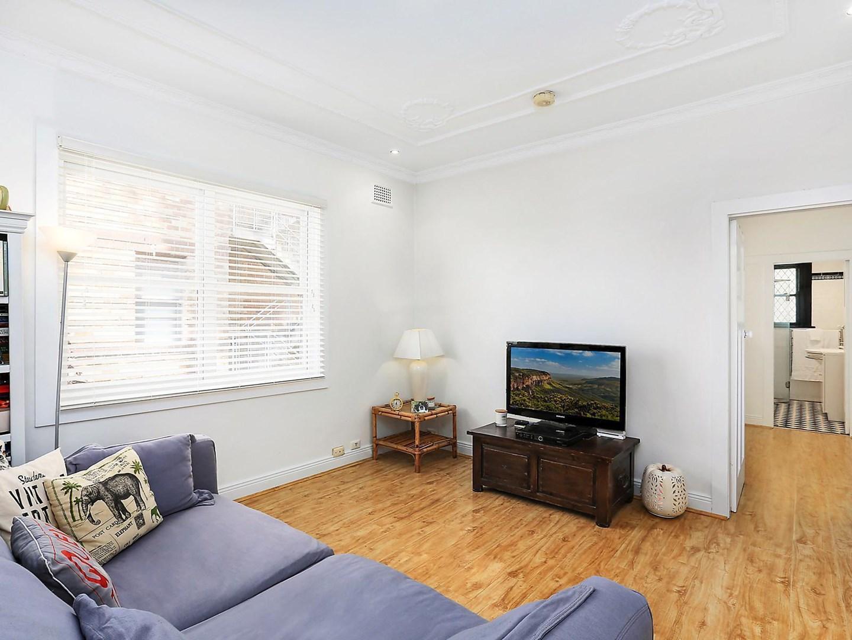9 111 carabella street kirribilli nsw 2061 apartment for Kirribilli house floor plan
