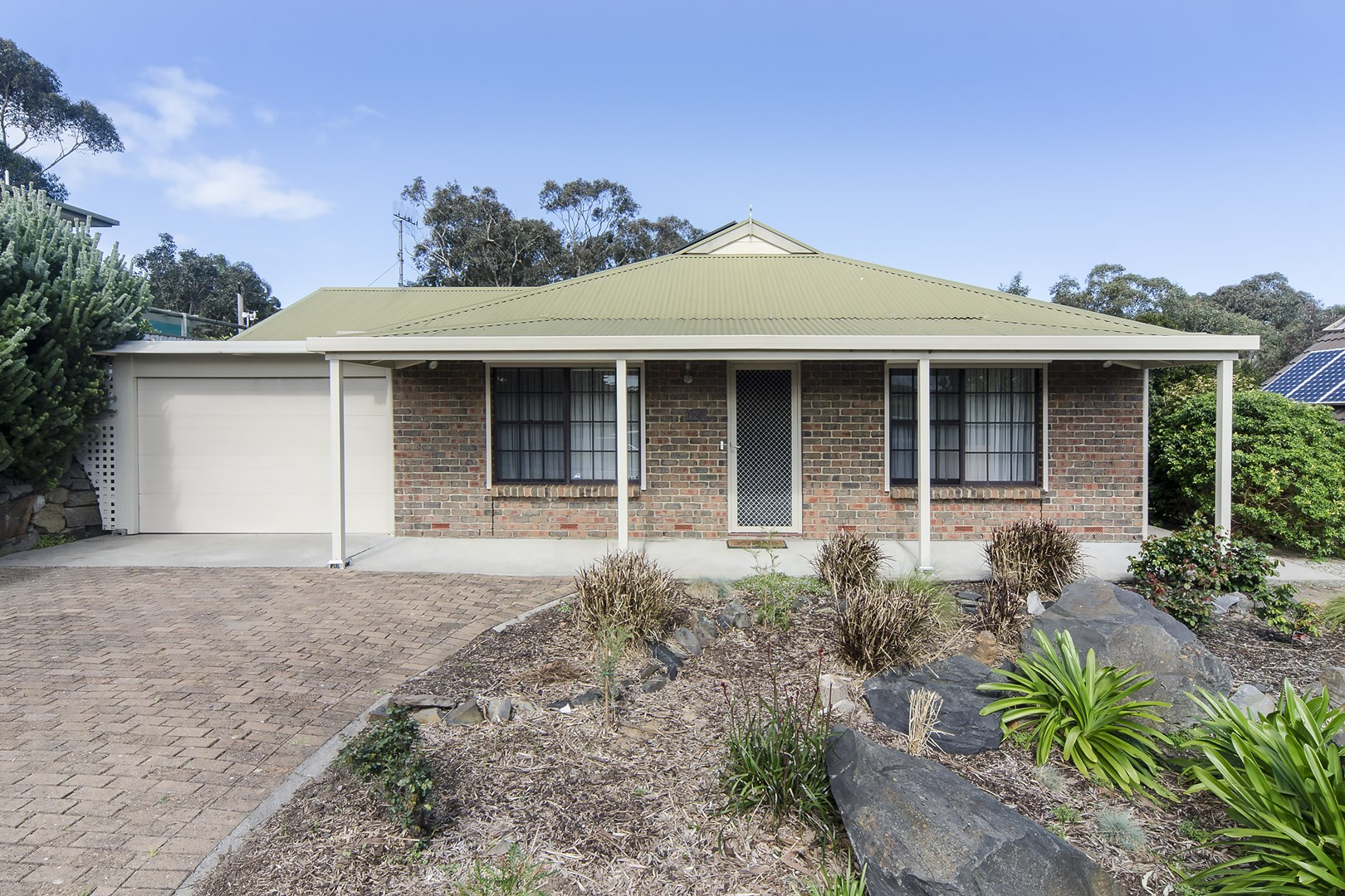 REDUCED NOW $336,000 (under offer)