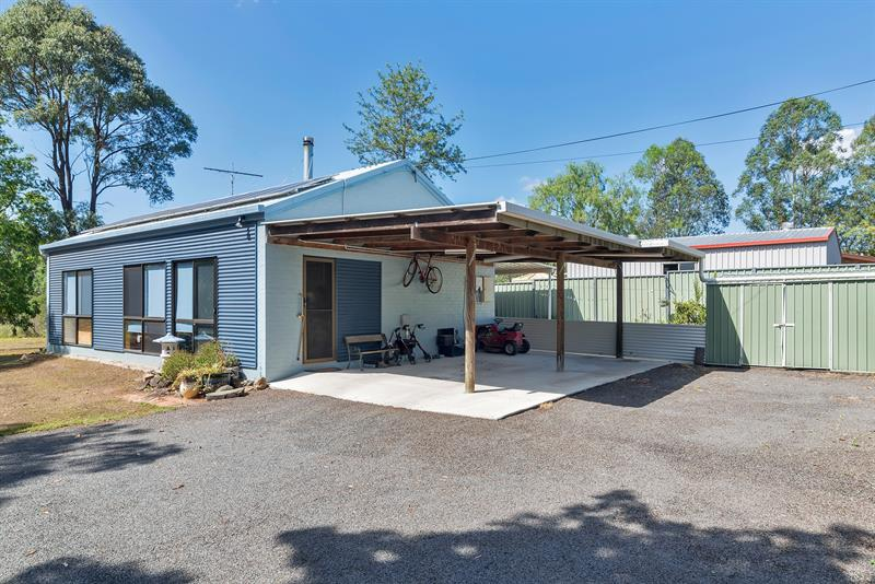 28 Stewart Street, Withcott QLD 4352, Image 0